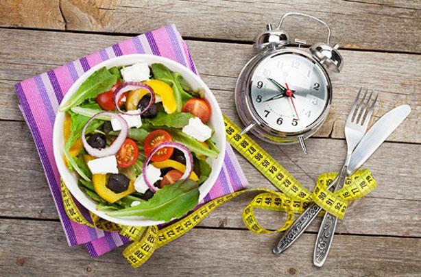 Преимущества и недостатки диеты без сахара